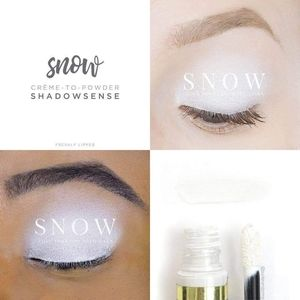 Snow ShadowSense Makeup Senegence
